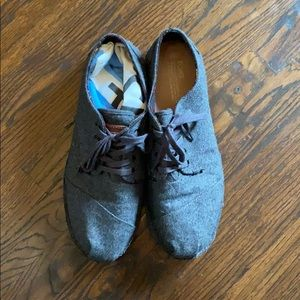 Tom's Grey Oxfords in Wool Size 13